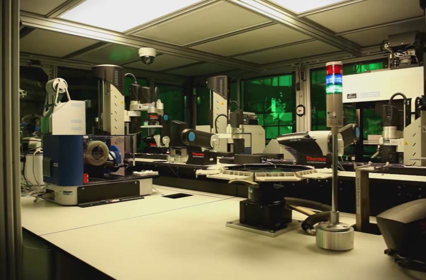 آزمایشگاه شرکت نوارتیس یا صحنه فیلمهای تخیلی؟!